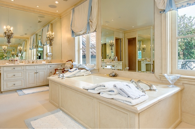 9434 Alva Court Master tub