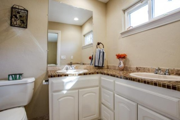 9754 Ash Creek bath