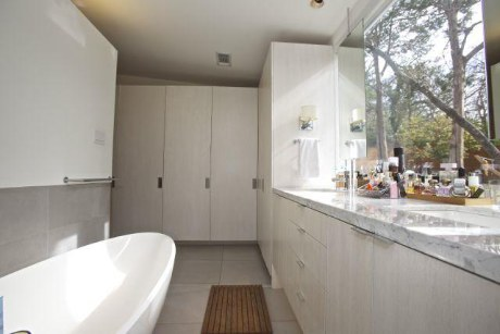 979 Rustic Master Bath