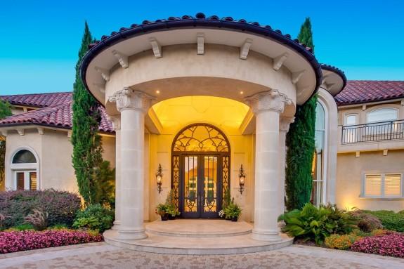 9800 Rockbrook front door