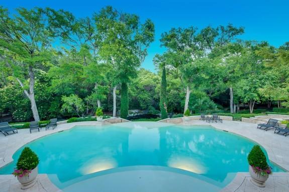 9800 Rockbrook pool infinity