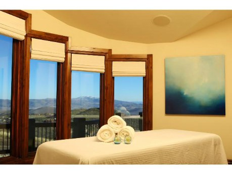 9806 Summit View Dr Park City spa