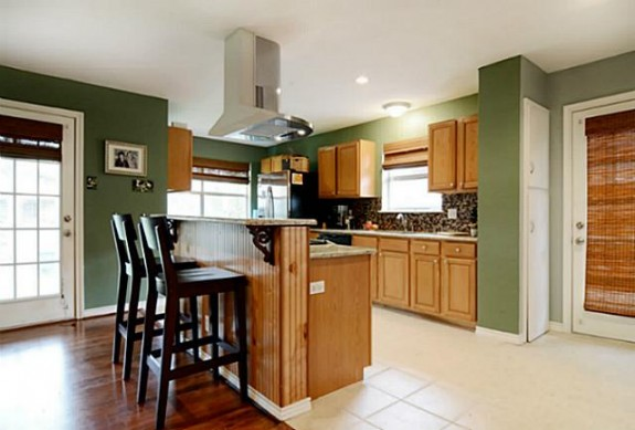 9829 Coldwater Kitchen