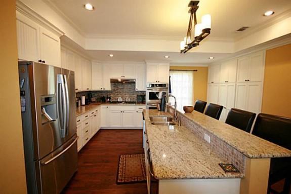 9902 Galway Kitchen