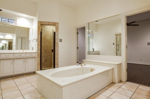 Breckenridge Master Bath