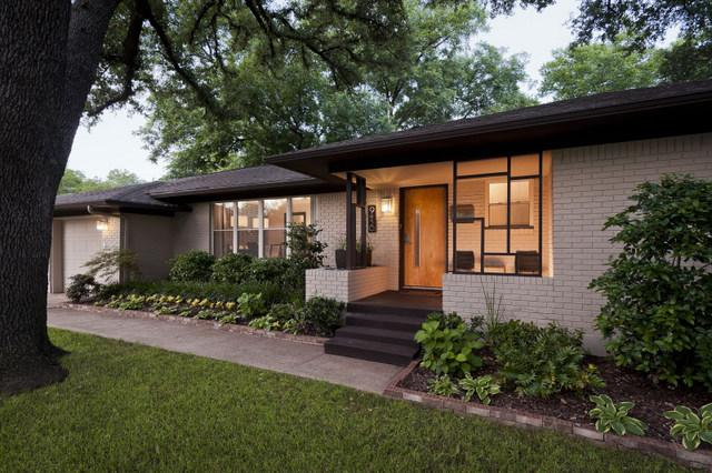 Thursday three hundred renovated midcentury ranch in for Modern ranch style homes