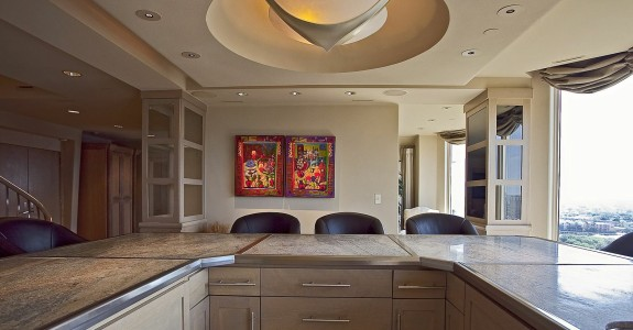 LaTour penthouse kitchen 3