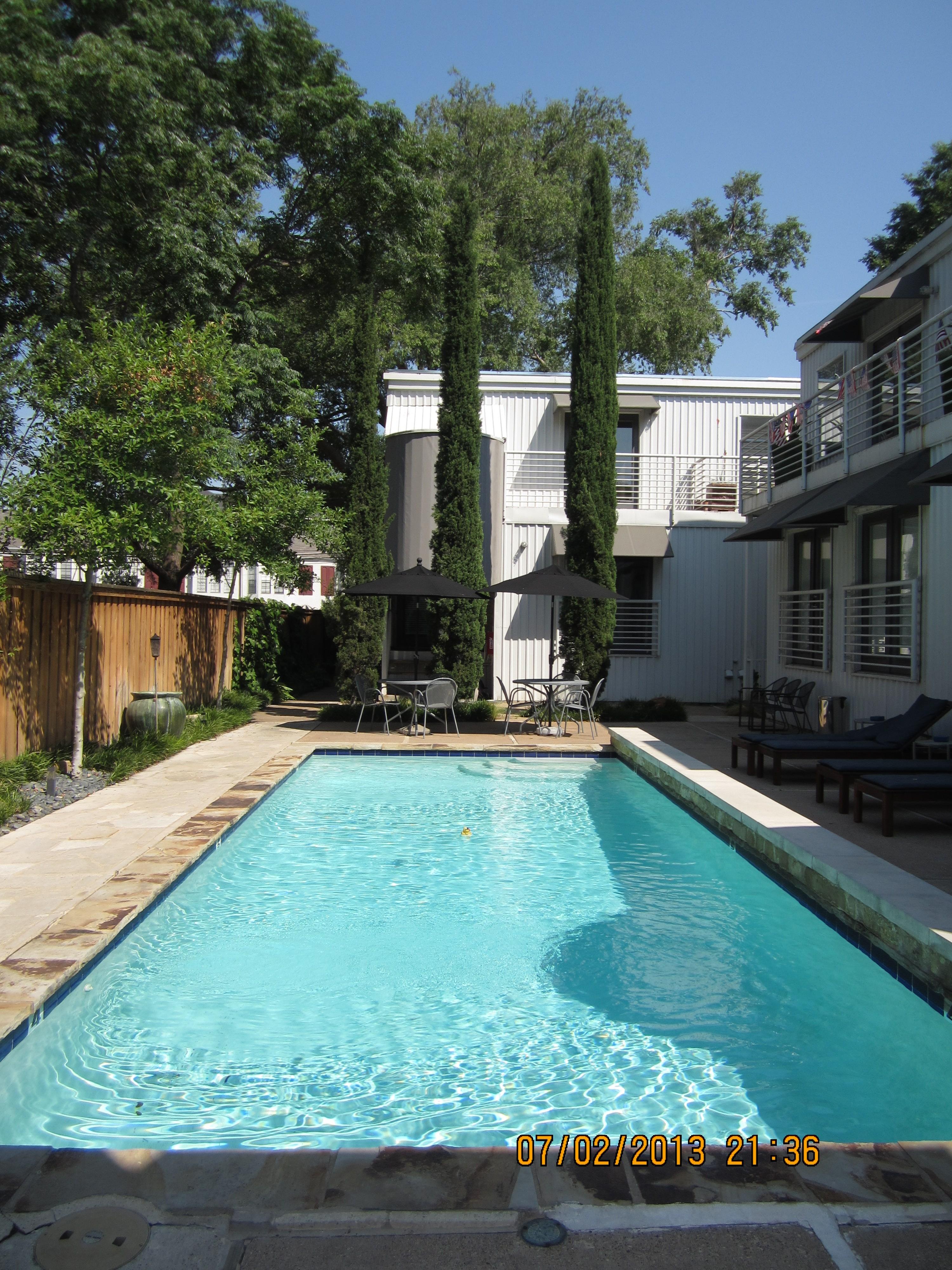 Mahanna Pool