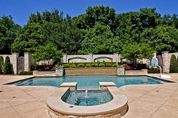 Mike Modano's Kelsey Square house pool 2