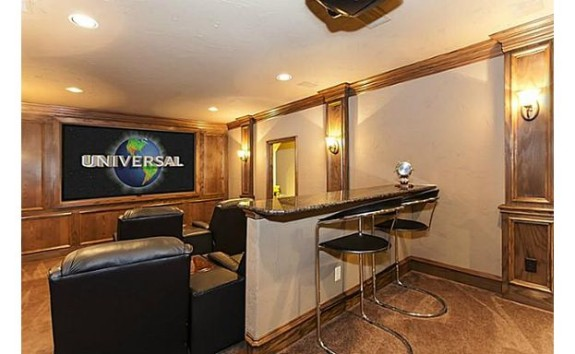 Old Vineyard Home Theater