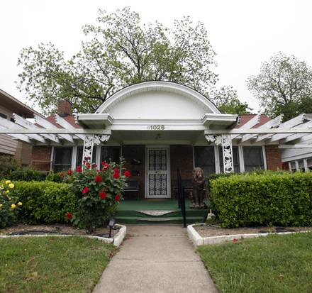 Oswald House Vernon Bryant DMN