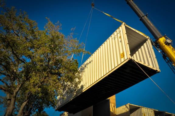 PV14 Crane Lift