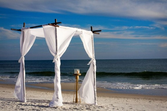 Wedding-Canopy-WaterColor-Beach