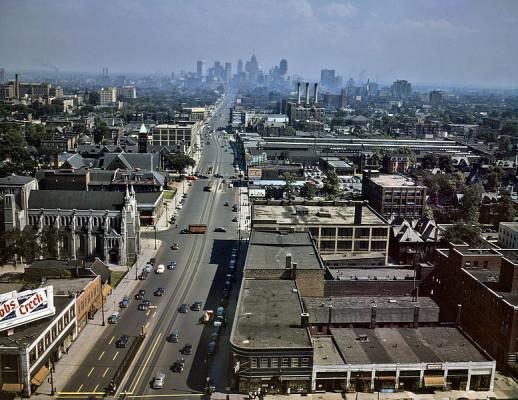 Woodward_Ave_Detroit_1942