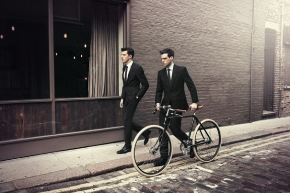 black-suits-bicycle-streetstyle_lg
